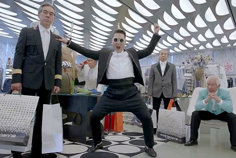 "PSY: il ""Gentleman"" sudcoreano ancora in testa alle classifiche"